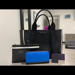 Brand new , never use Prada bag with wallet